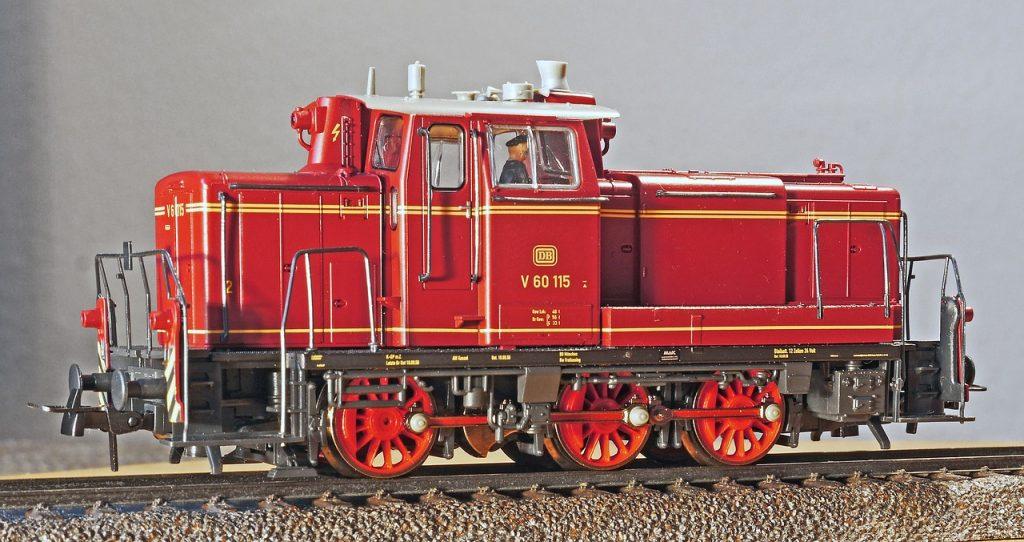 oferta locomotora modelismo ferroviario diesel roja